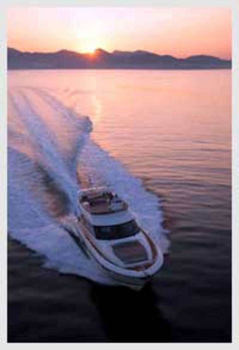 Click here to see more photos of the Prestige 550 Flybridge