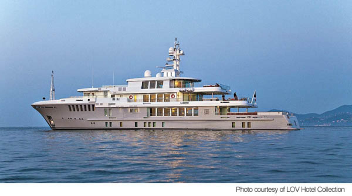 197-foot Megayacht Yogi