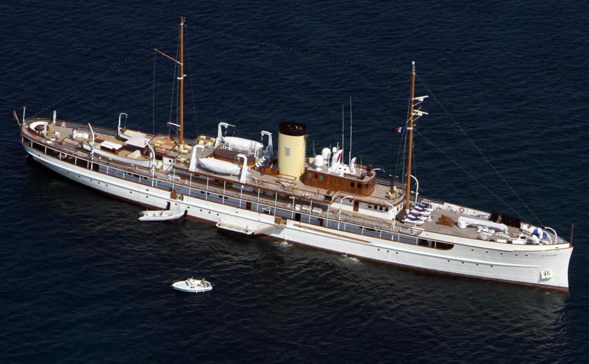 Click to enlarge image - Megayacht Delphine