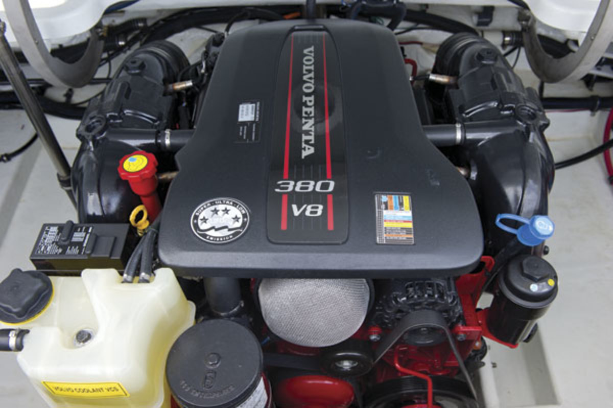 Volvo Penta's new V8-380, lighter and smaller than her V-8 predecessors, installed in a Formula 26 Sun Sport.