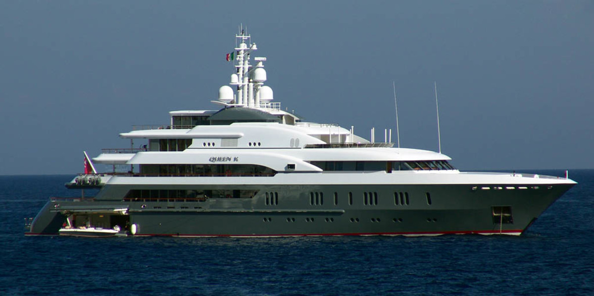 Click to enlarge image - Megayacht Queen K