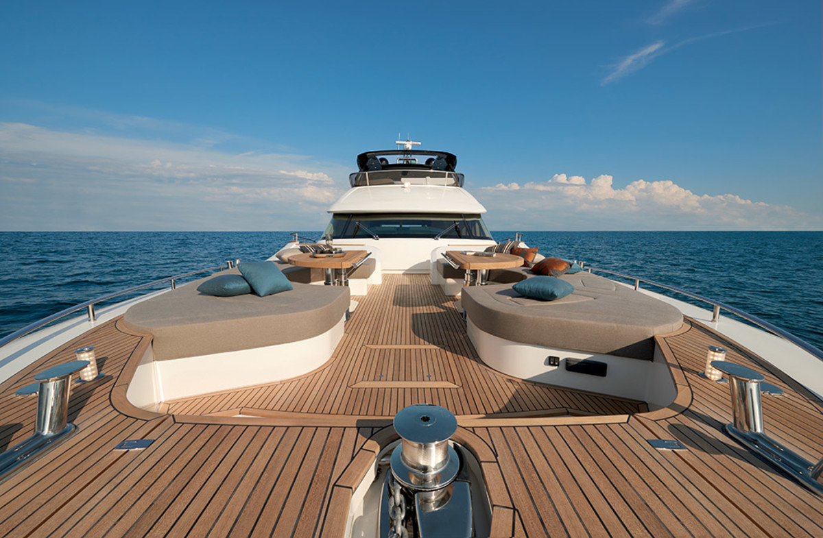 Monte Carlo Yachts MCY 80