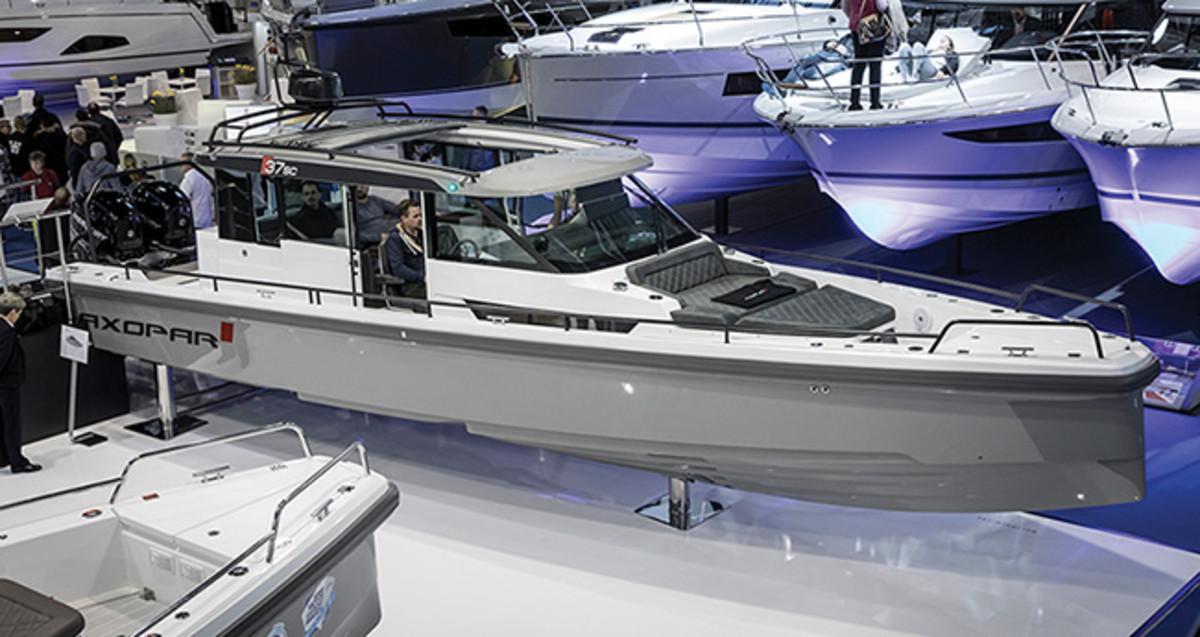 Axopar Sport Cabin Prm Jpg Promo Image on New Volvo Diesel Engines