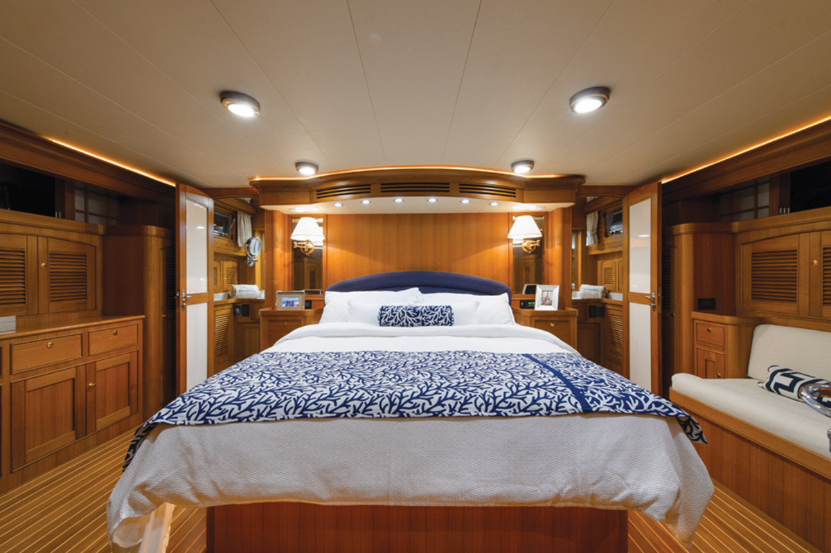 Marlow Explorer 78E master stateroom
