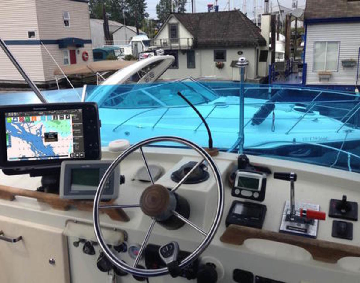 Raymarine Lighthouse r17 Helm Testing