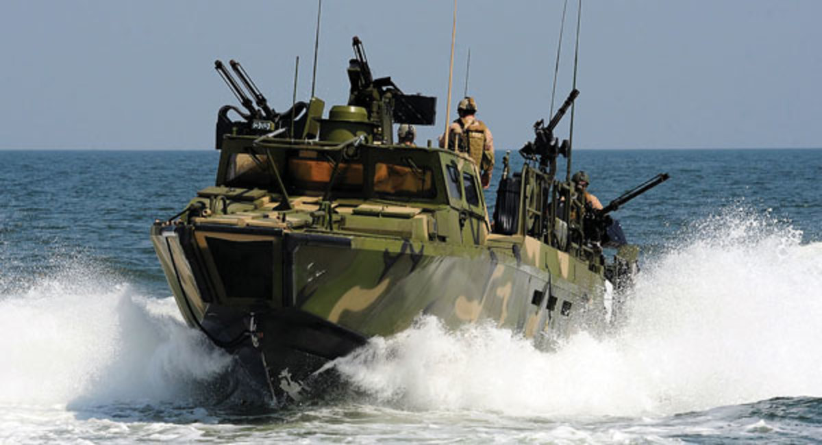 amphibious assault boat