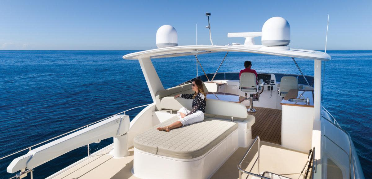 Grand Banks 60 flybridge
