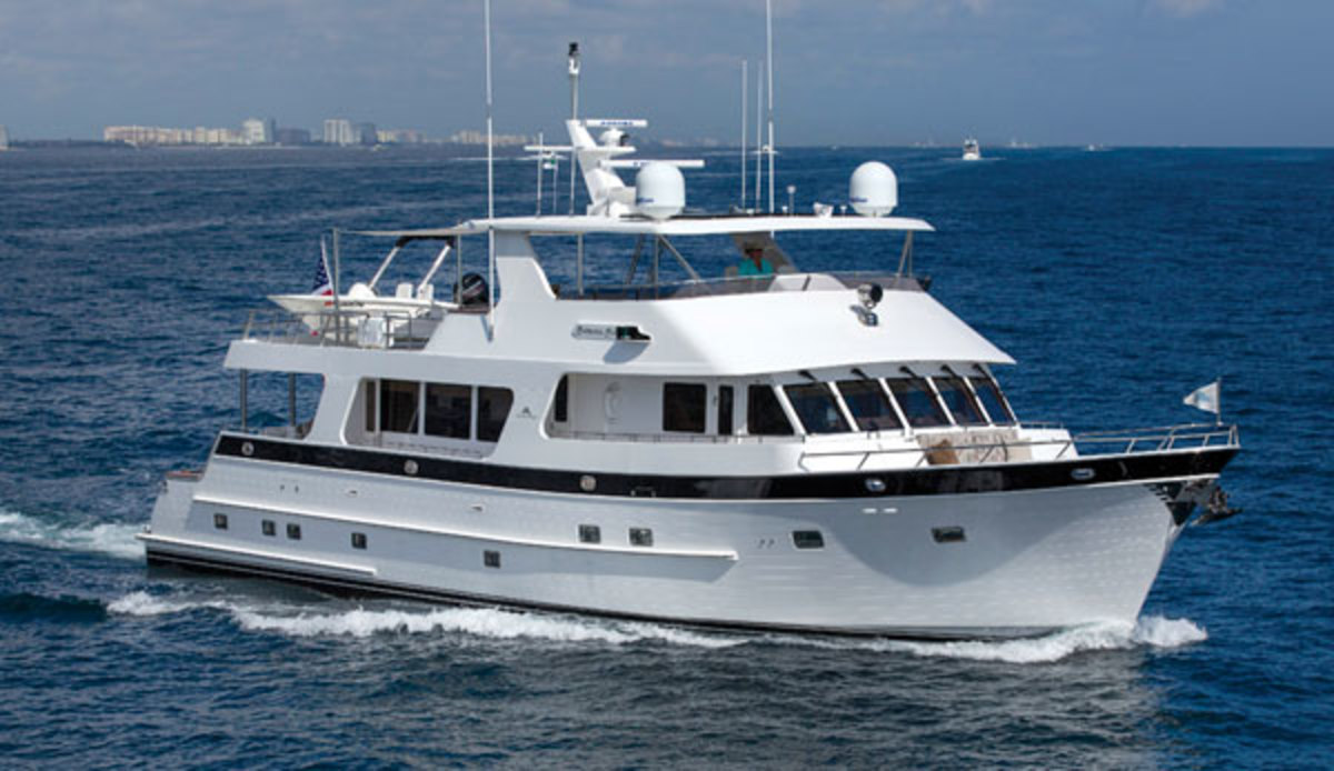 Outer Reef yacht