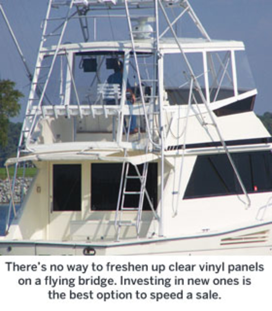 Vinyl panels on a flybridge