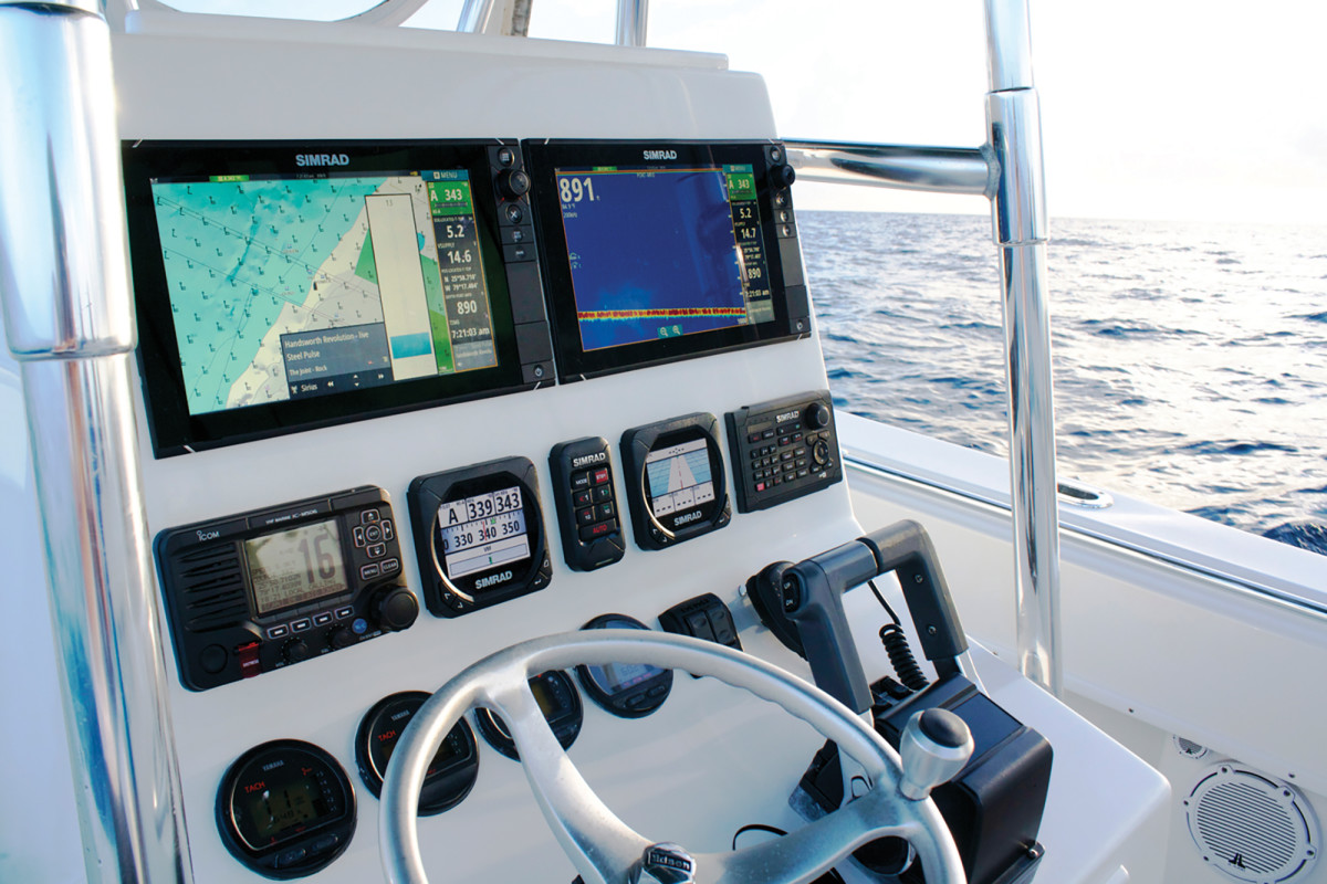 Helm with multi-function displays