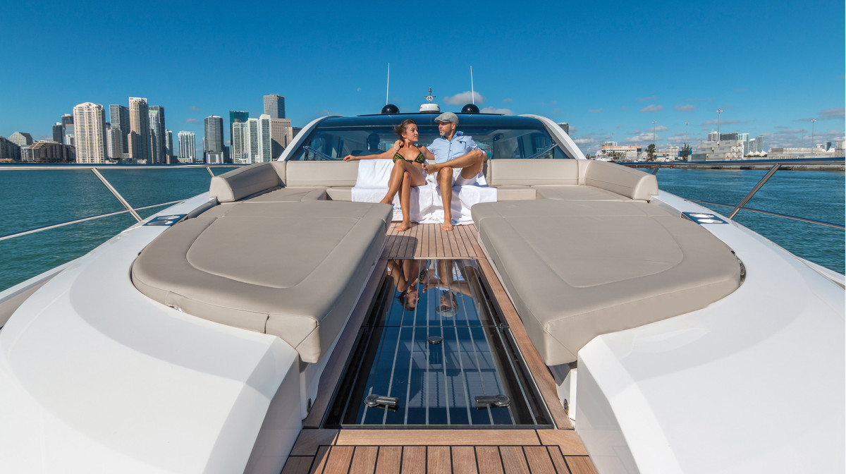 A typical sunpad just wouldn't seem right on a boat this versatile. Guests will have to be careful not to block the view of the captain.
