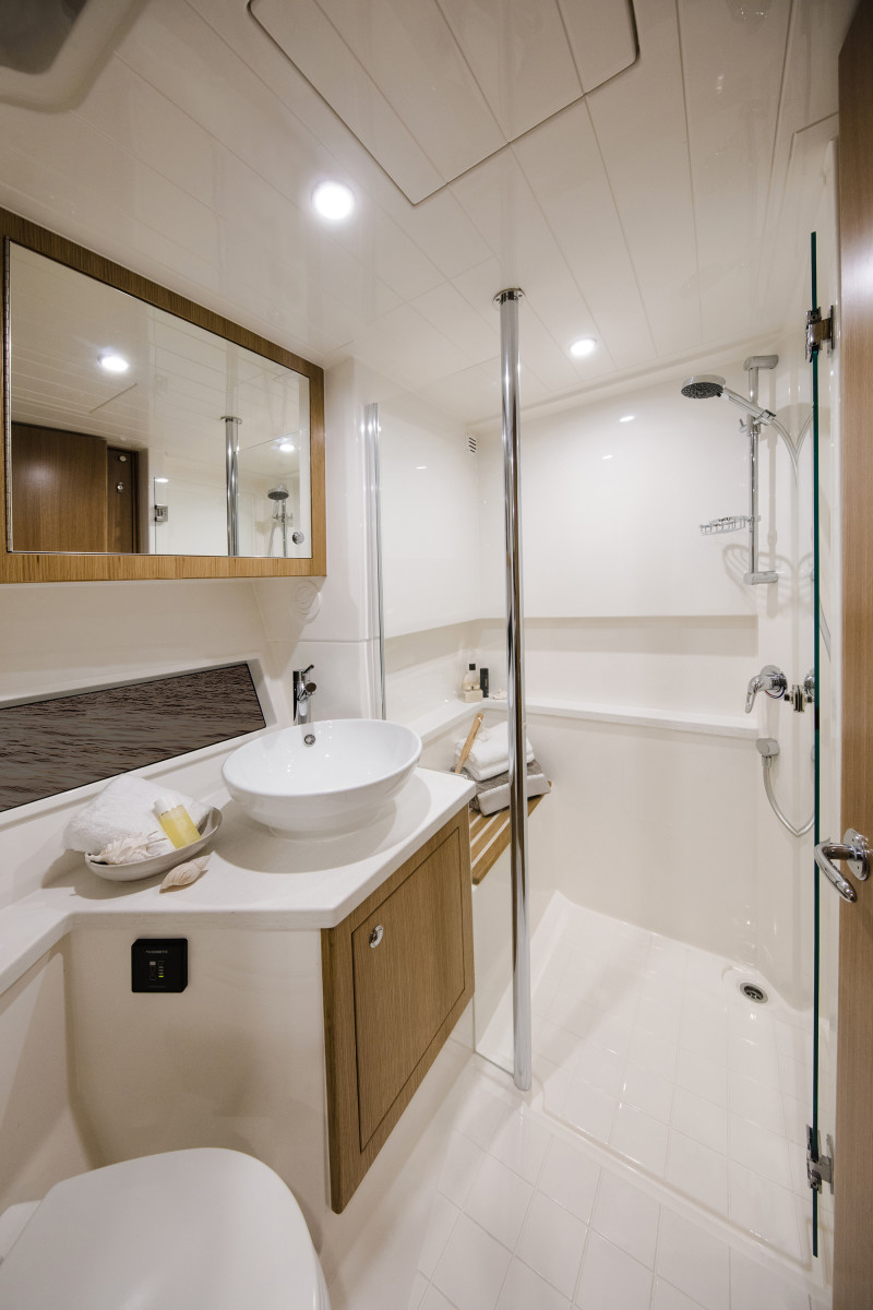 Riviera 39 Sports Motor Yacht Ensuite and Day Head