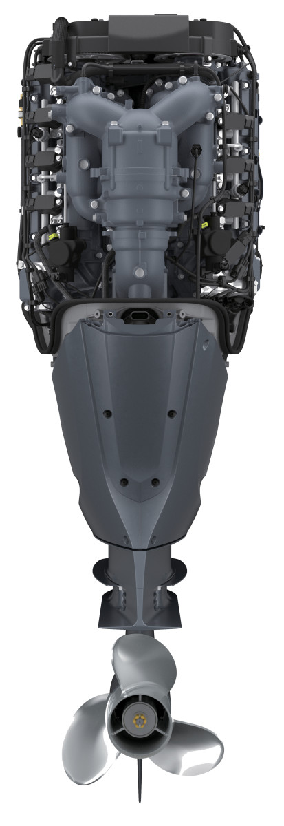 Yamaha 425-hp XTO Offshore - Rear view