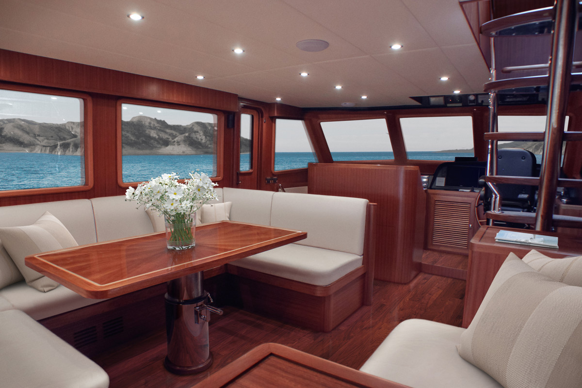 Outer Reef 640 Classic Azure Main Deck Saloon