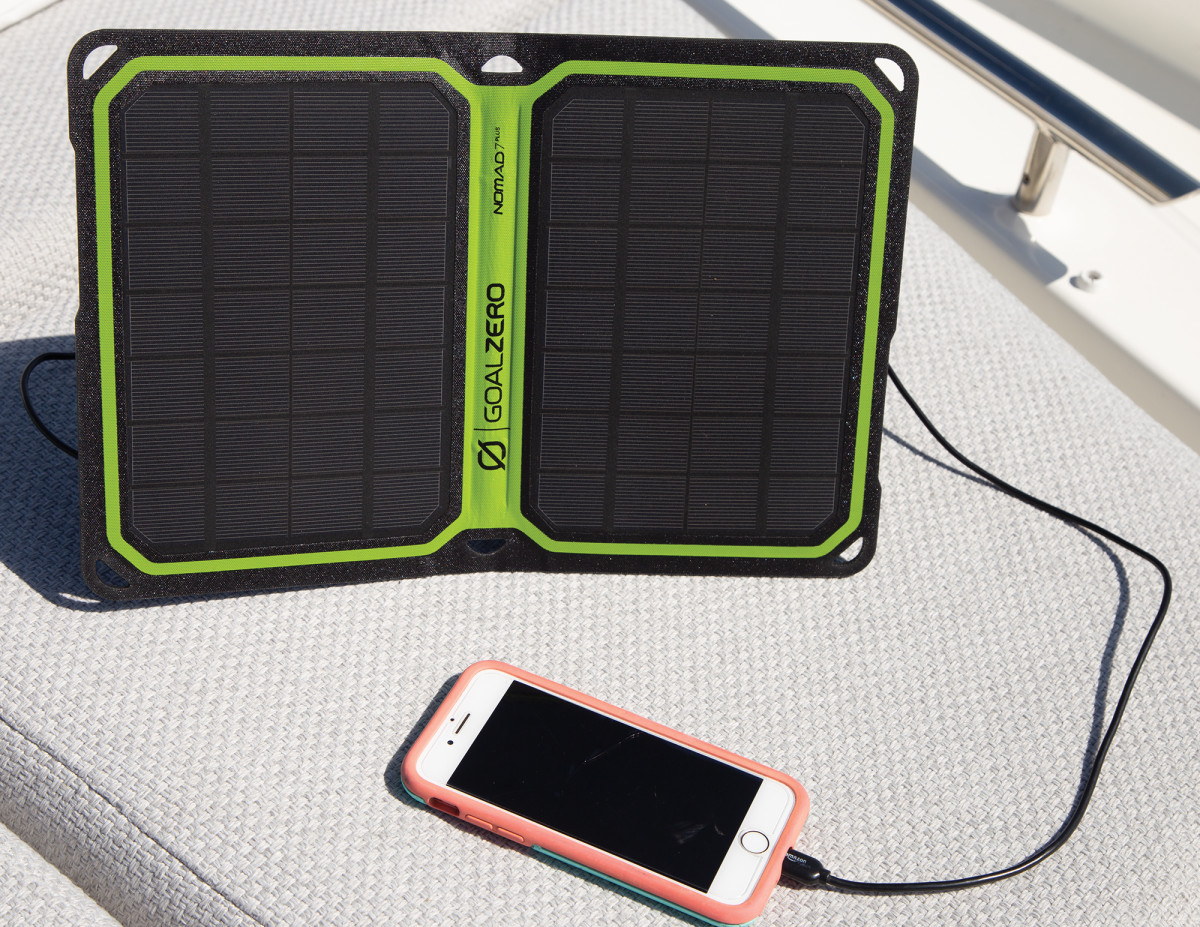 05-GoalZero Nomad 7 Plus Solar Panel