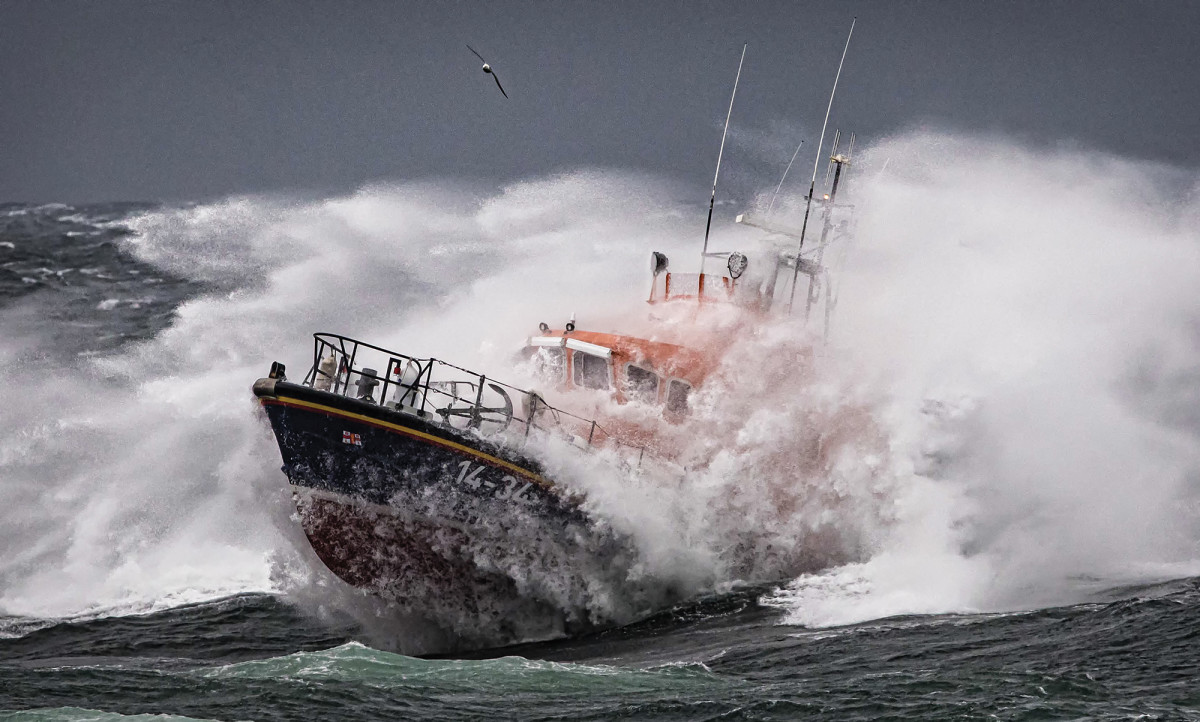 03-RNLI-On-Exercise