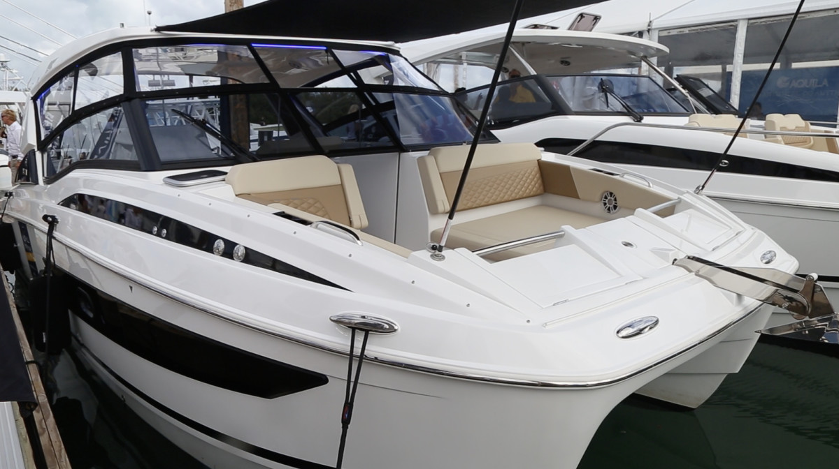 Aquila 30 Power Catamaran