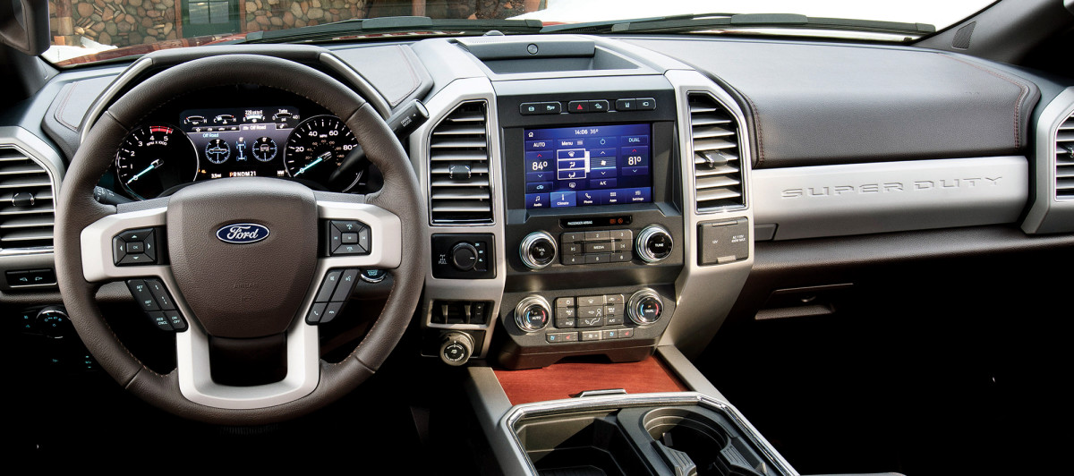 02a-F-250_King_Ranch_8