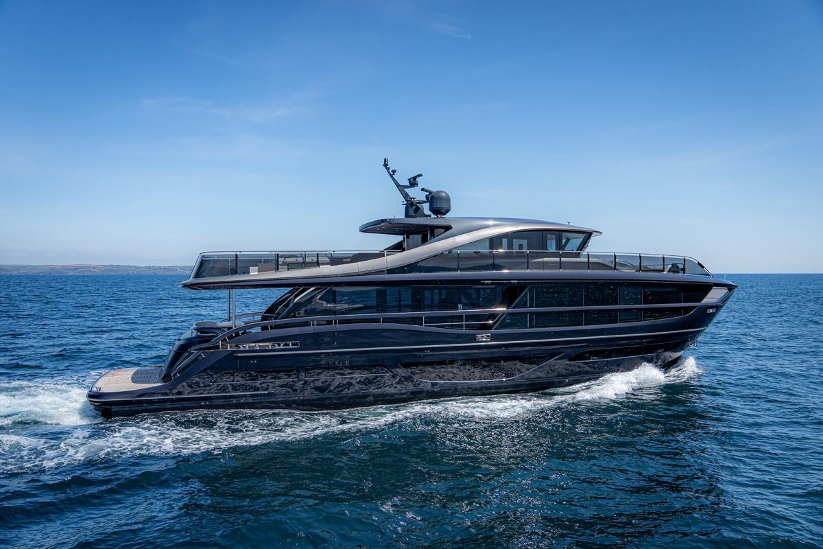 Princess Yachts X95 Superfly
