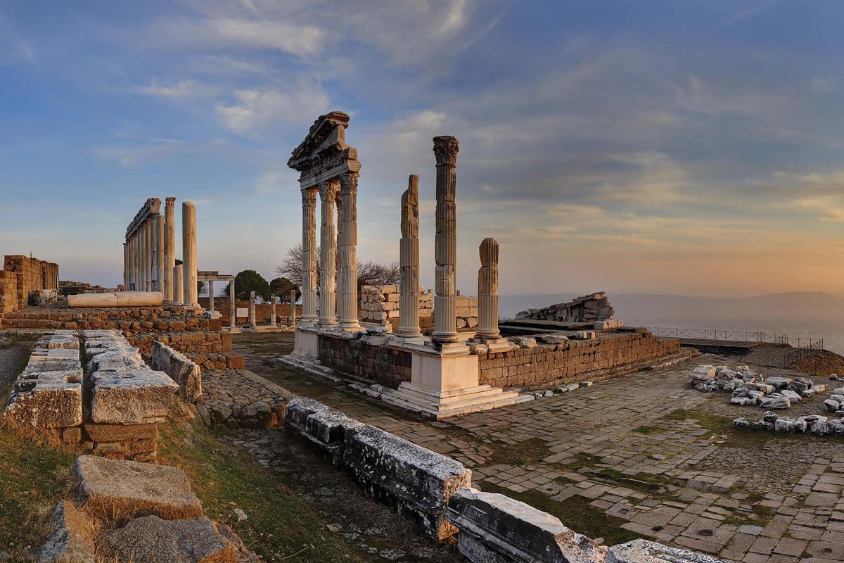 Izmir, Pergamon