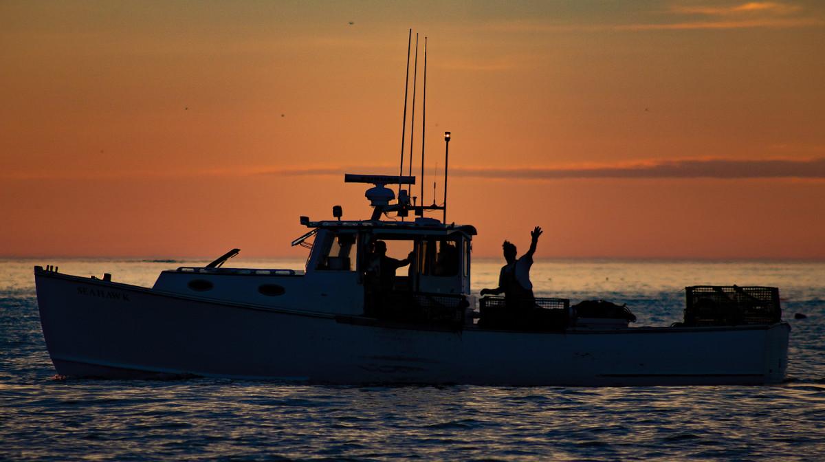 prm_lobster-boat-sunrise