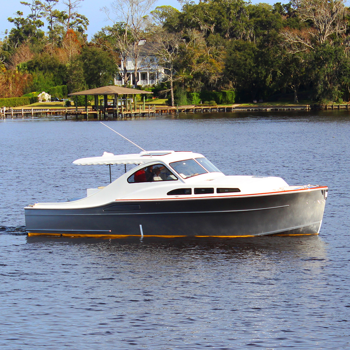 Huckins Hybrid-Electric 38 Sportsman