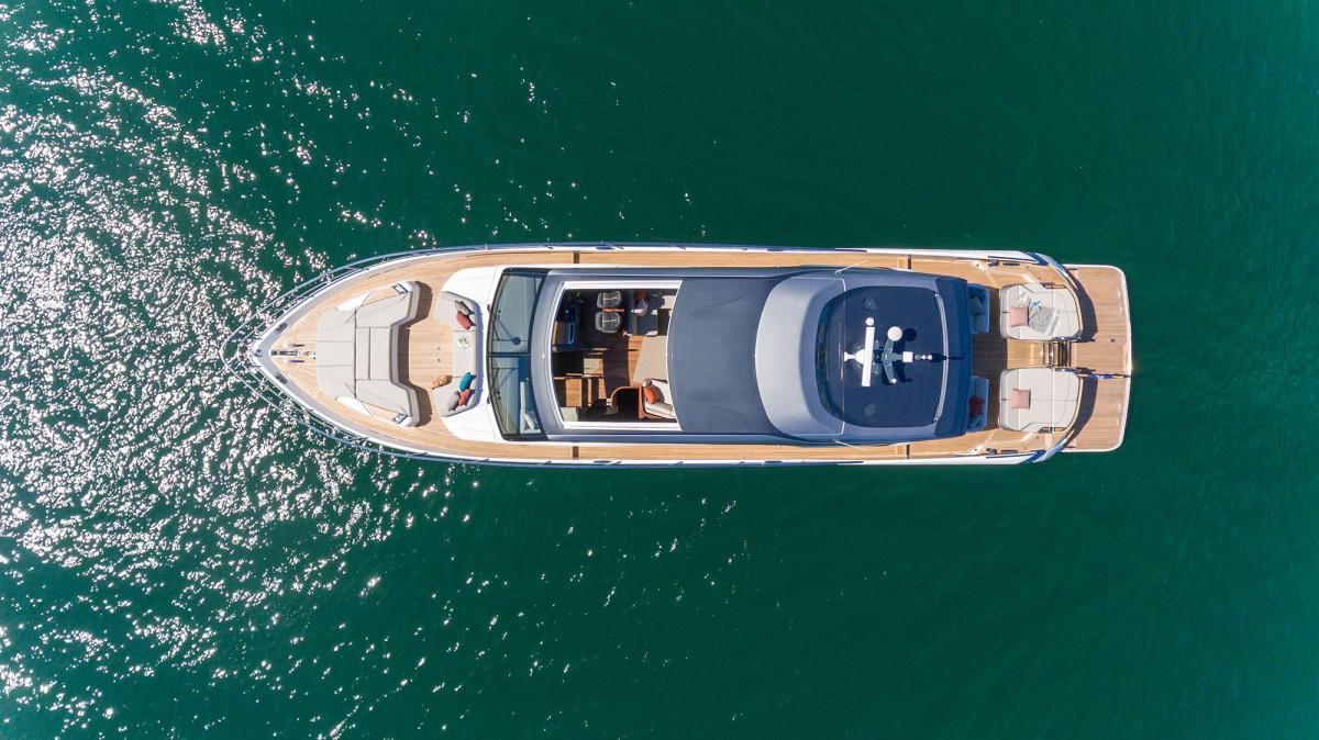 v78-exterior-white-hull-17
