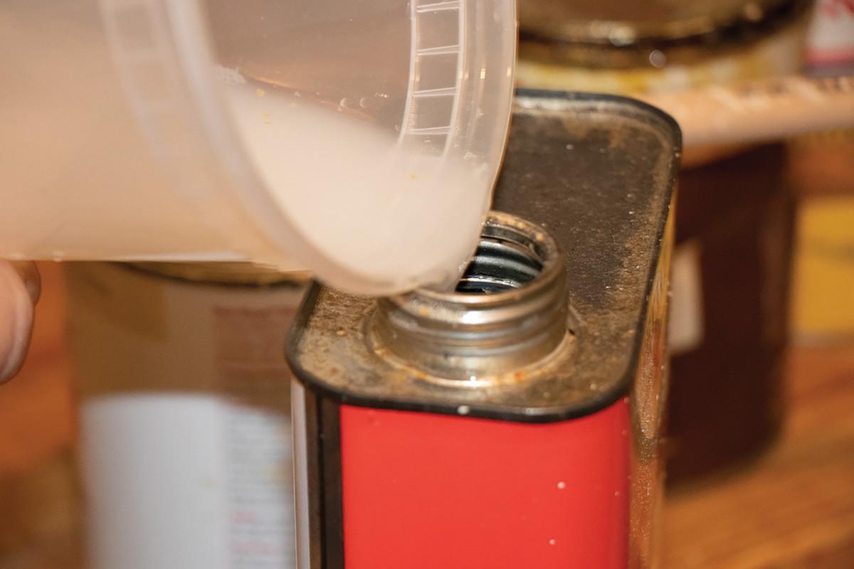 solvent-tip