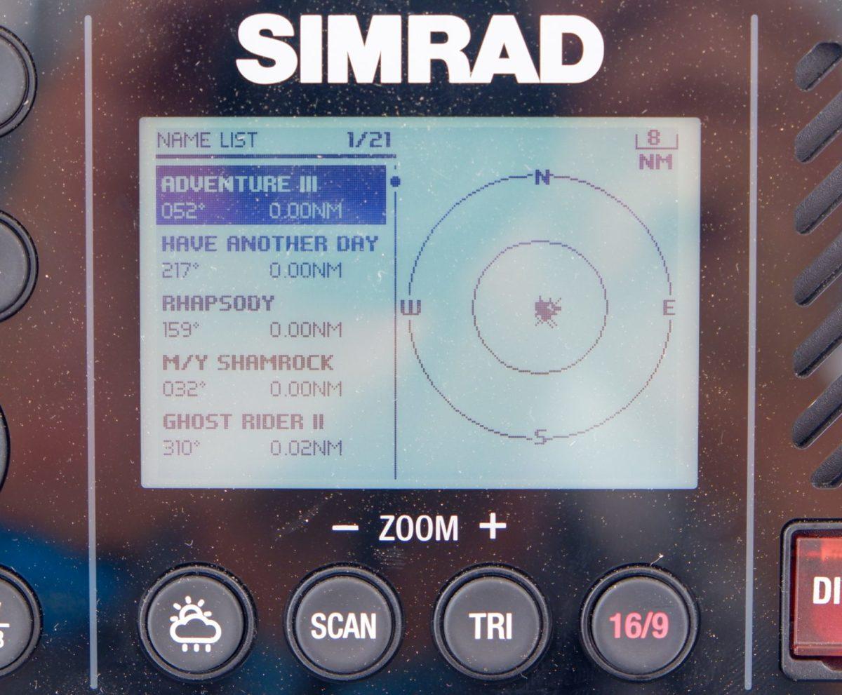 simrad-rs40b-ais-display-cPanbo-1536x1269