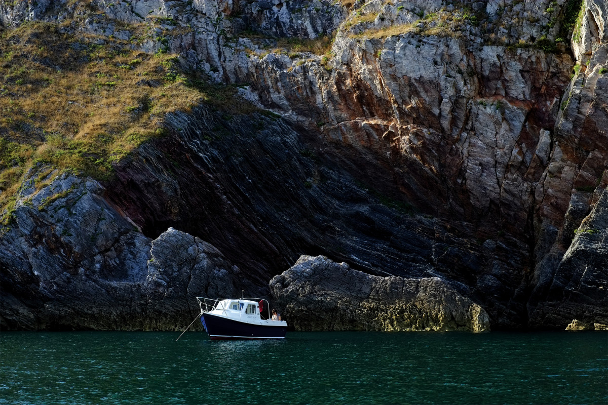 Fidget, the author's Orkney 20, in Anstey's Cove.