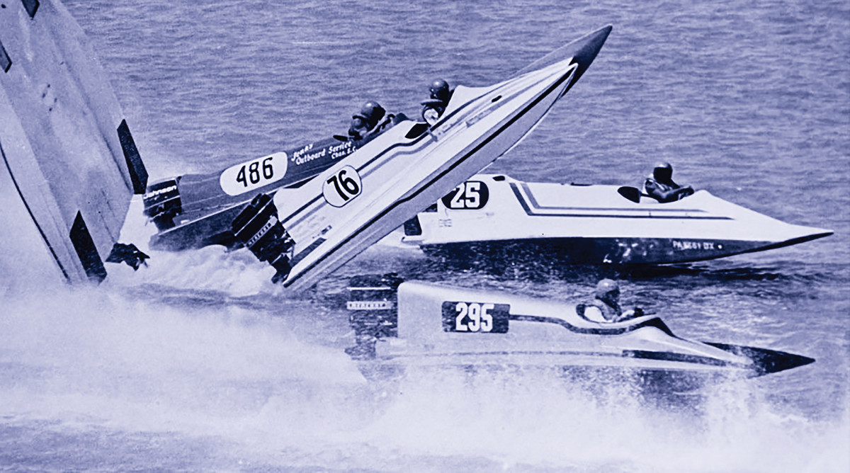 Fountain painted the number 76 on the side of his race boats, inspired by his patriotism.