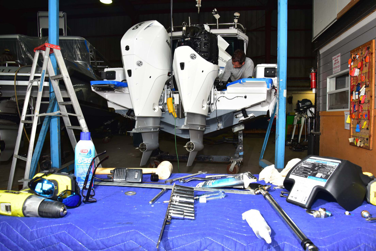 The biggest advantage to repowering outboards versus inboards is generally greater convenience and time.